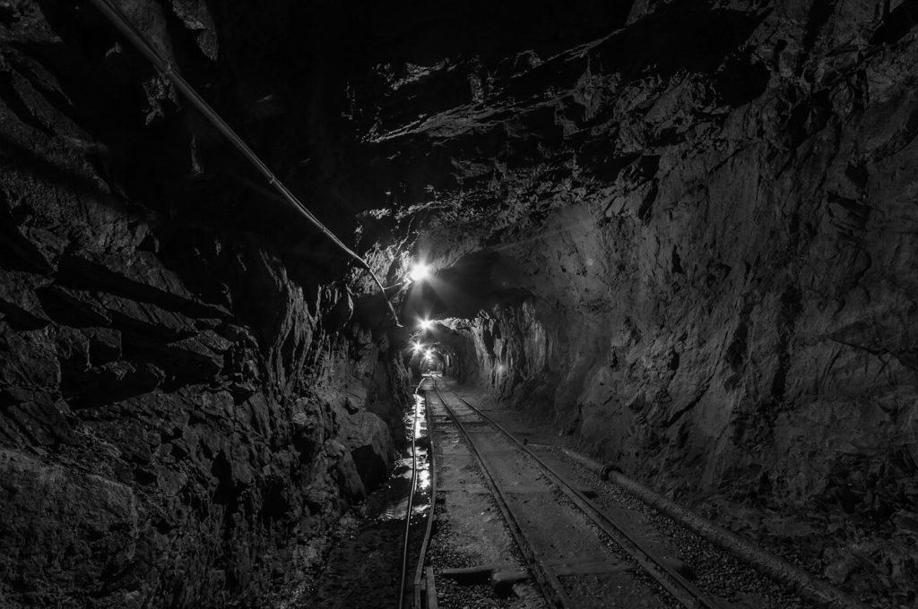 penambangan bawah tanah